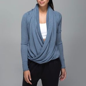 Lululemon iconic wrap. First release grey.
